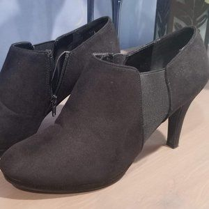 Impo Stretch Booties